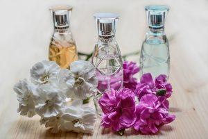 レクサス,LEXUS,香水とお花の画像