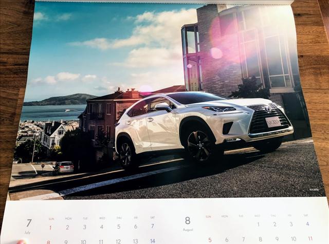 レクサスカレンダー2018のNX300の画像