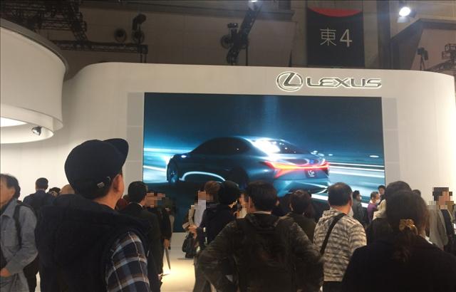東京モーターショー2017,レクサスブースの画像