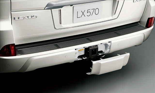 レクサスLX570のヒッチメンバー画像