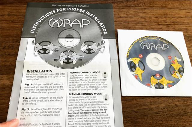 ハンドルロックWRAPの説明書とDVDの画像