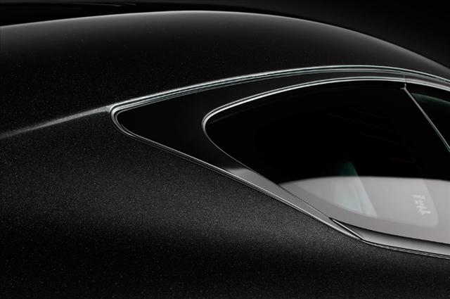 レクサスrc特別仕様車F SPORT Prime Blackのブラックステンレスウインドウモール画像