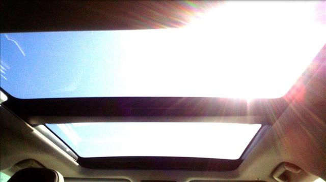 レクサスRX450hのパノラマルーフ画像