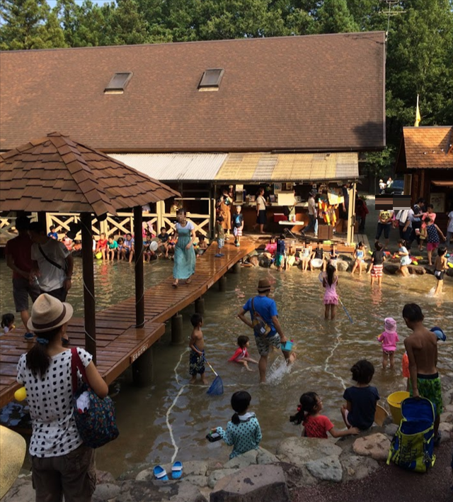 キャンプアンドキャビンズ那須高原のじゃぶじゃぶ池画像